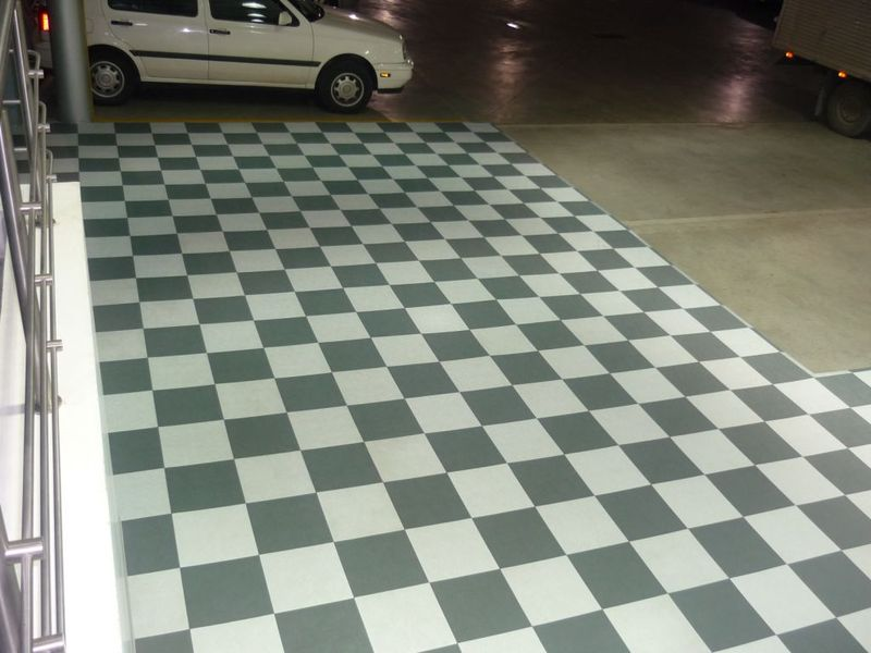 Floortrax Garage Tile Flooring